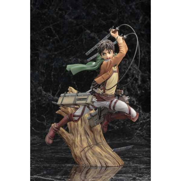 Figura Eren Yeager Renewal Package Ataque a los Titanes ARTFXJ