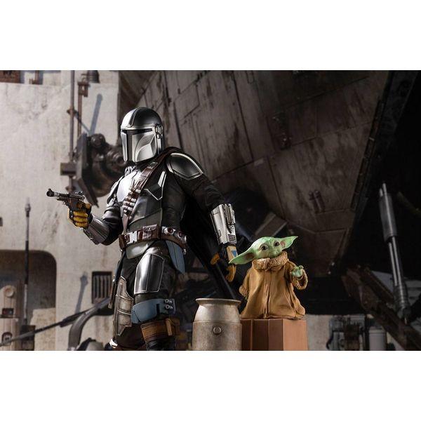 Mandalorian & The Child Figure Star Wars The Mandalorian ARTFX