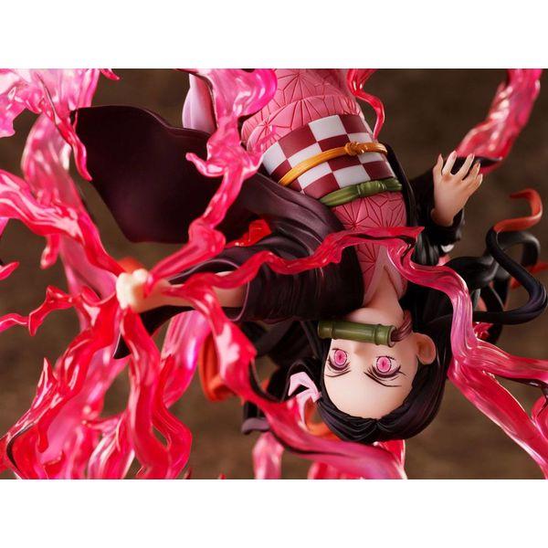 Demon Slayer: Kimetsu no Yaiba Estatua 1/8 Nezuko Kamado Exploding Blood 20 cm