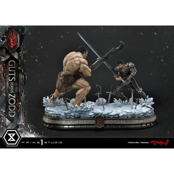 Estatua Guts vs Zodd Berserk