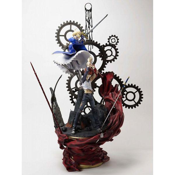 Estatua Shiro Emiya y Saber The Path Fate Stay Night 15th Anniversary