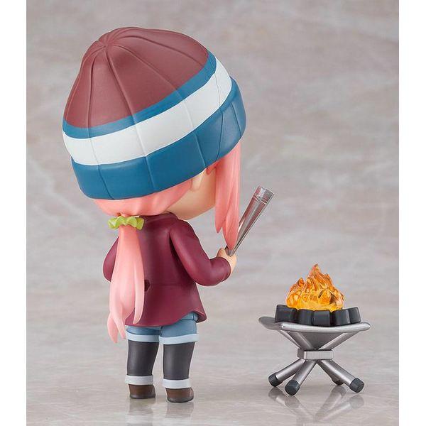 Nendoroid 1623 DX Nadeshiko Kagamihara Solo Camp Ver Laid Back Camp