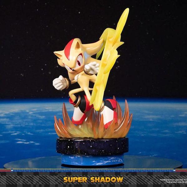Estatua Super Shadow Sonic the Hedgehog
