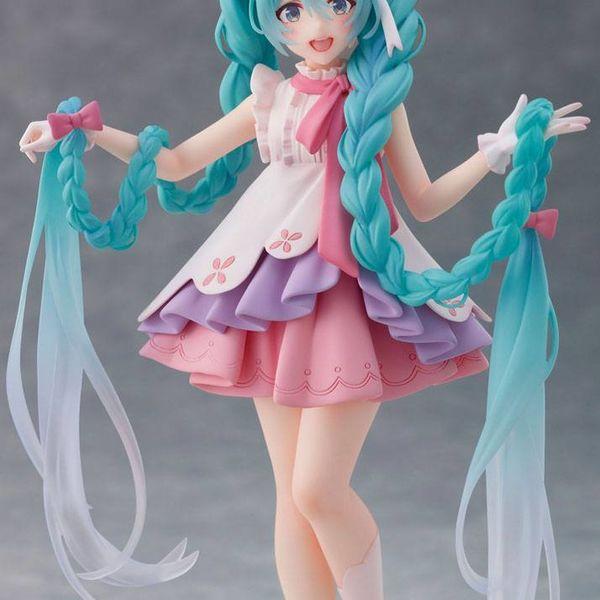 Figura Hatsune Miku Rapunzel Wonderland Vocaloid