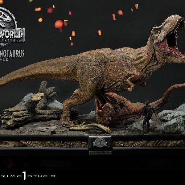 Estatua T Rex y Carnotaurus Jurassic World Fallen Kingdom