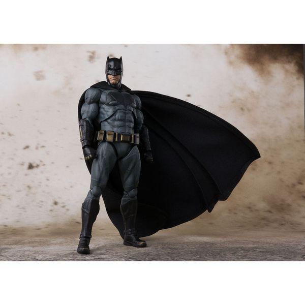S.H. Figuarts Batman Justice League DC Comics