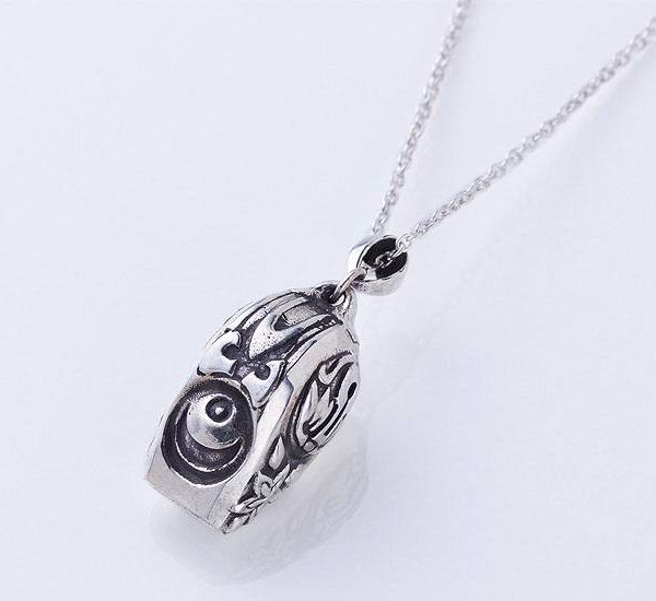 Collar con Colgante The Lord of Annihilation White Whistle Made in Abyss Plata de ley