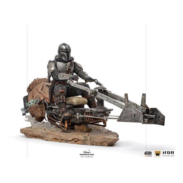 Estatua Mandalorian on Speederbike Star Wars The Mandalorian Deluxe Art Scale