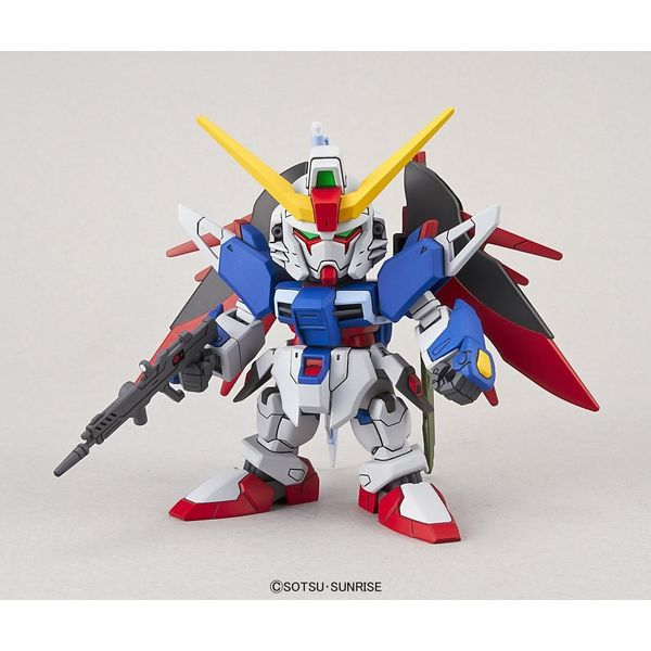 Destiny Gundam SD EX-Standard 009 Model Kit Gundam