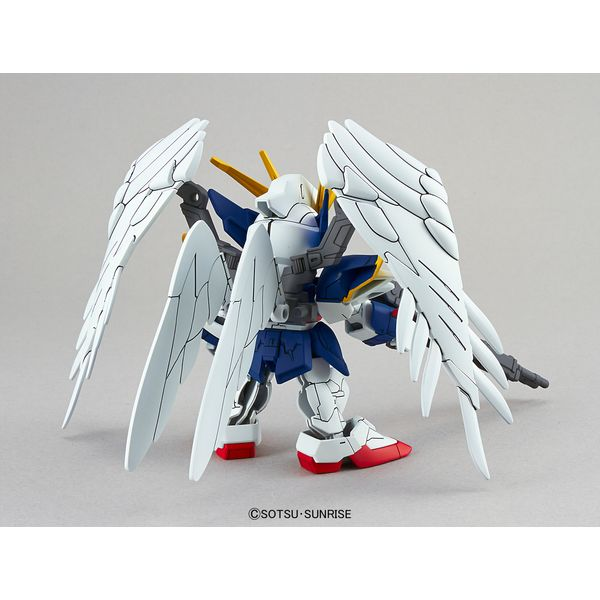 Wing Gundam Zero SD EX-Standard 004 Model Kit Gundam