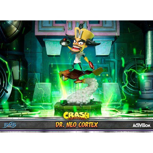 Estatua Dr Neo Cortex Crash Bandicoot 3