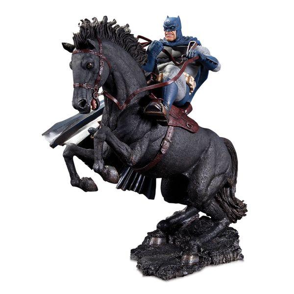 Estatua A Call To Arms Mini Battle The Dark Knight Returns DC Comics