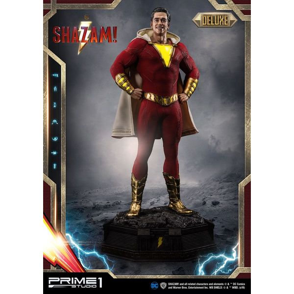 Estatua Shazam Deluxe Ver DC Comics