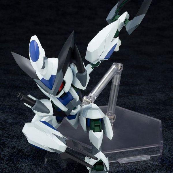 Model Kit KXK00 M Cross Messiah Medabots