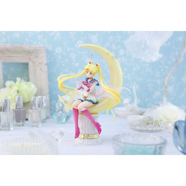 Super Sailor Moon Bright Moon Figuarts Zero Chouette Sailor Moon Eternal