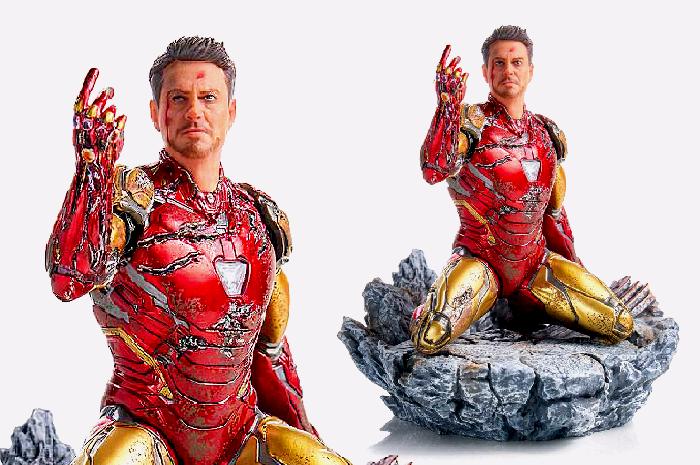 I am Iron Man Statue
