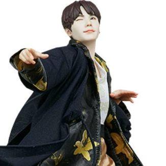 Figura Suga Deluxe BTS Idol Collection