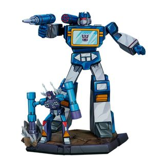 Classic Scale Soundwave Statue Transformers