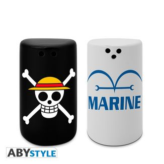 Skull & Marine Salt & Pepper Shakers One Piece