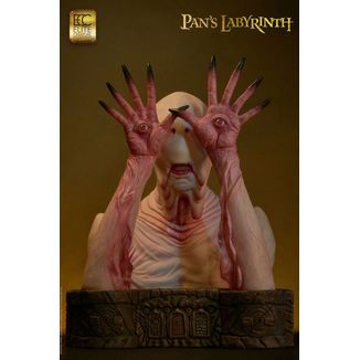 Pale Man Statue Pans Labyrinth