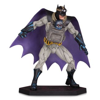 Estatua Batman with Darkseid Baby Dark Nights Metal DC Comics