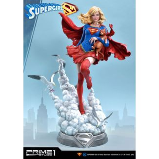 Estatua Supergirl DC Comics