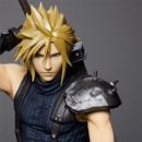 Figura Cloud Strife Final Fantasy VII Remake