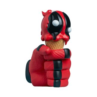 Deadpool Figure Marvel One Scoops