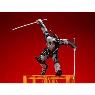 Figura Super Deadpool X-Force Limited Edition Marvel Comics ARTFX+
