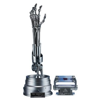 The Real T-800 Endoskeleton Arm & Brain Chip Replica Terminator 2