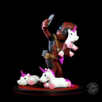 Figura Deadpool Unicornselfie Q-Fig Marvel Comics